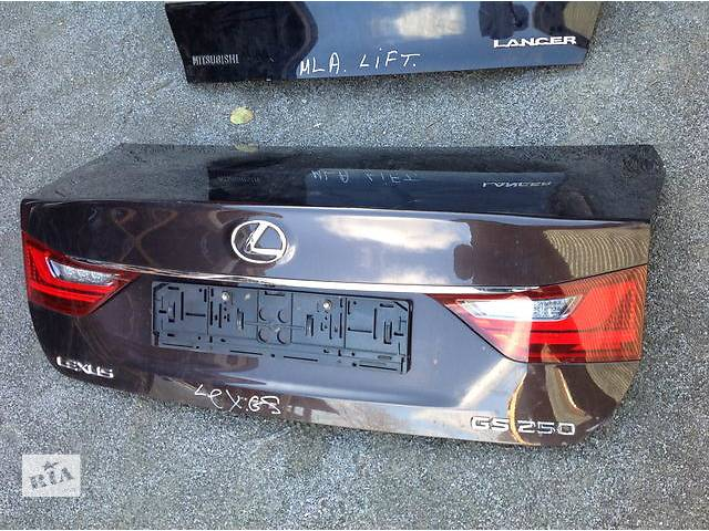 Б/у крышка багажника для легкового авто Lexus GS- объявление о продаже  в Ровно