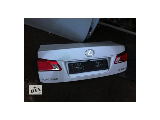 продам Б/у крышка багажника для легкового авто Lexus IS бу в Ровно