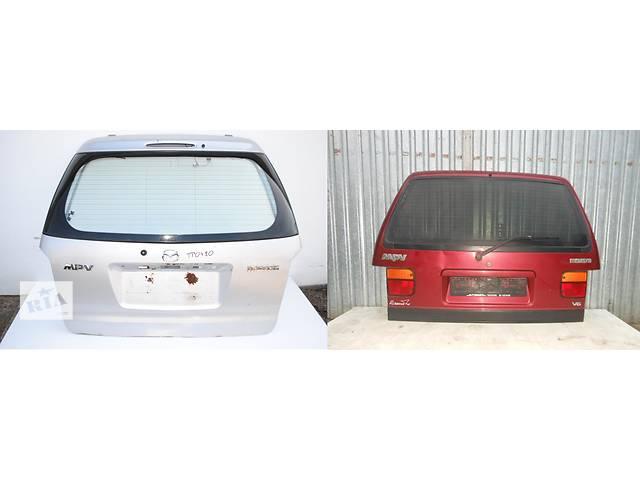 продам Б/у крышка багажника для легкового авто Mazda MPV бу в Львове