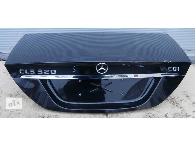 бу Б/у крышка багажника для легкового авто Mercedes CLS-Class w219 04-10  в Львове