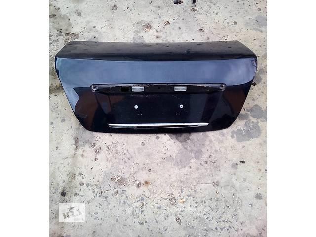 Б/у крышка багажника для легкового авто Nissan Teana- объявление о продаже  в Луцке