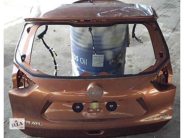 бу Б/у крышка багажника для легкового авто Nissan X-Trail в Киеве
