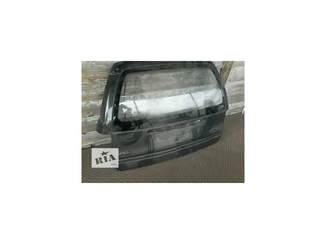 купить бу Б/у крышка багажника для легкового авто Opel Astra F в Луцке