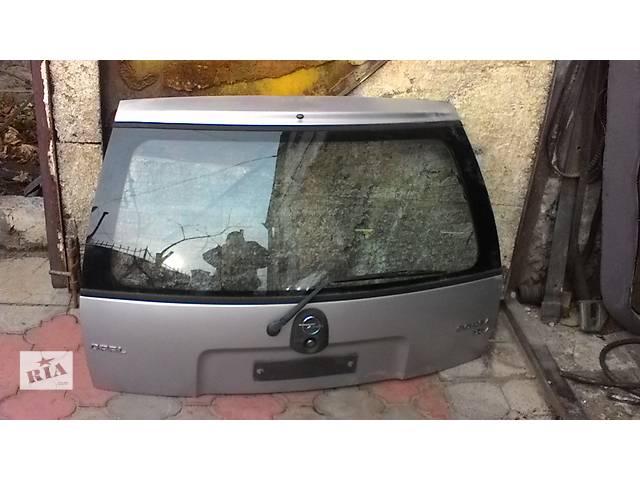 продам Б/у крышка багажника для легкового авто Opel Corsa со стеклом -комплект- бу в Белой Церкви (Киевской обл.)