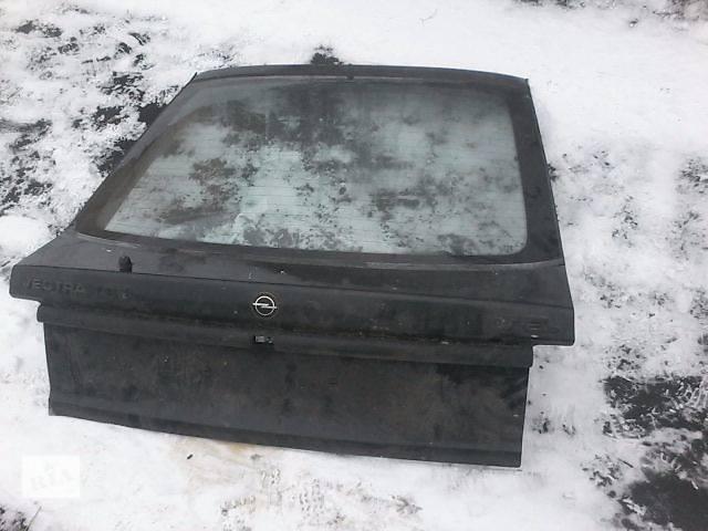продам Б/у крышка багажника для легкового авто Opel Vectra A бу в Луцке