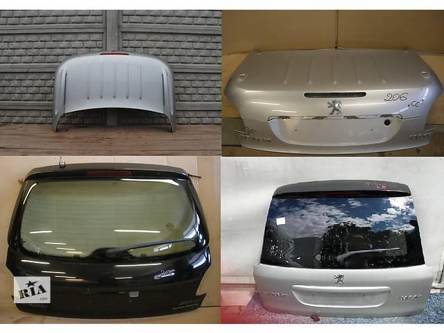 продам Б/у крышка багажника для легкового авто Peugeot 206 бу в Львове