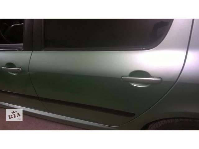 купить бу Б/у крышка багажника для легкового авто Peugeot 307 в Ровно