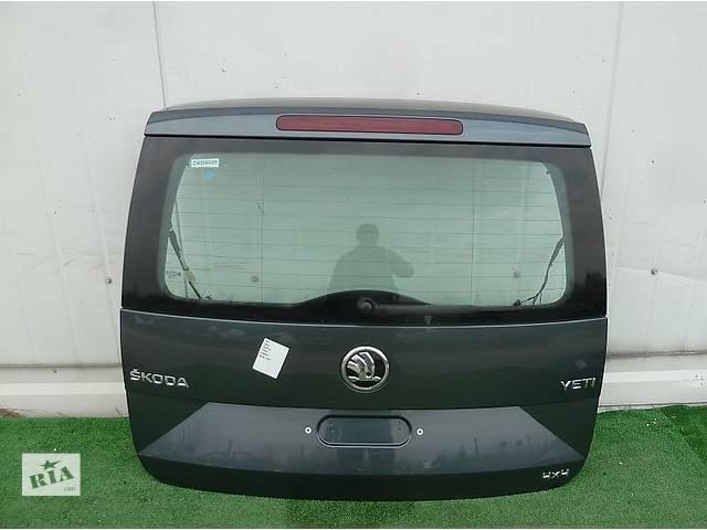 продам Б/у крышка багажника для легкового авто Skoda Yeti бу в Львове
