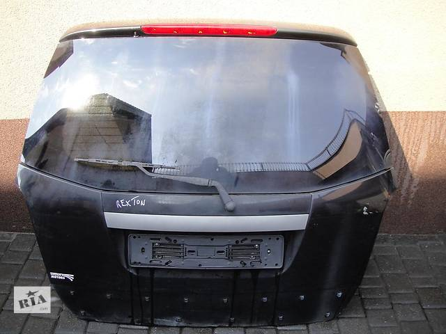 продам Б/у крышка багажника для легкового авто SsangYong Rexton бу в Ровно