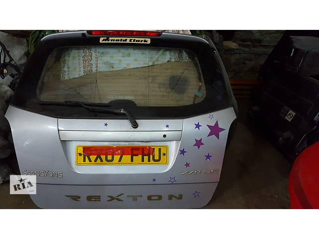 бу Б/у крышка багажника для легкового авто SsangYong Rexton в Ровно