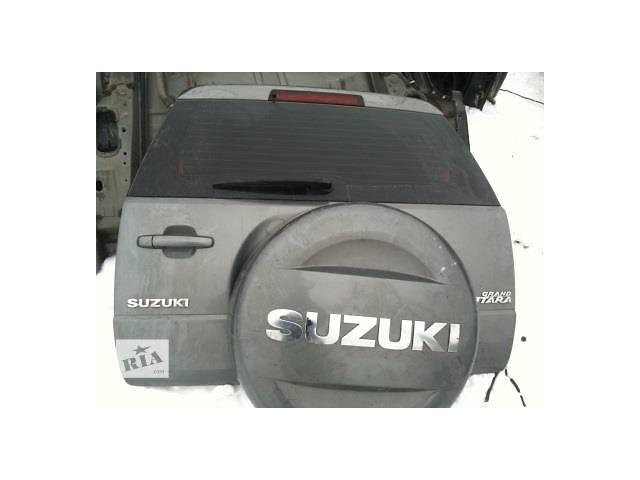 продам Б/у крышка багажника для легкового авто Suzuki Grand Vitara бу в Ровно