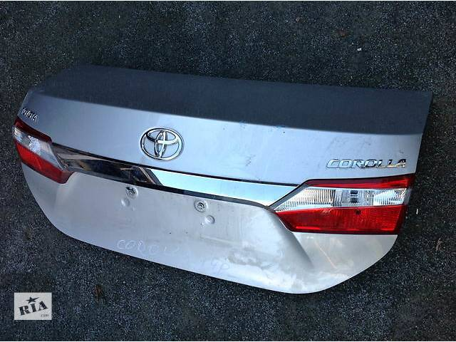 Б/у крышка багажника для легкового авто Toyota Corolla- объявление о продаже  в Ровно