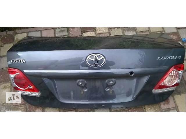 купить бу Б/у крышка багажника для легкового авто Toyota Corolla Е15 150 в Киеве
