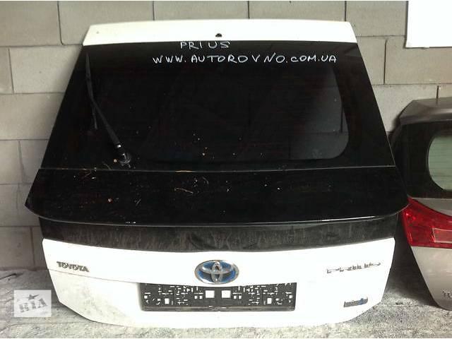 бу Б/у крышка багажника для легкового авто Toyota Prius в Ровно
