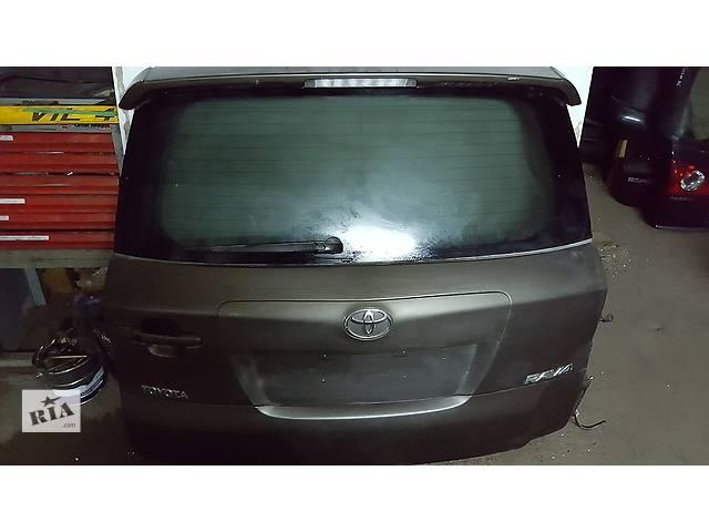 продам Б/у крышка багажника для легкового авто Toyota Rav 4 бу в Ровно