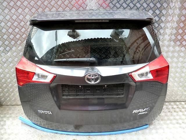 бу Б/у крышка багажника для легкового авто Toyota Rav 4 в Ровно