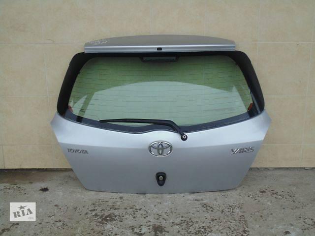 купить бу Б/у крышка багажника для легкового авто Toyota Yaris в Чернигове