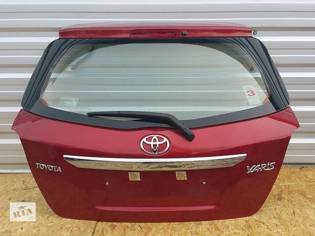 бу Б/у крышка багажника для легкового авто Toyota Yaris в Чернигове