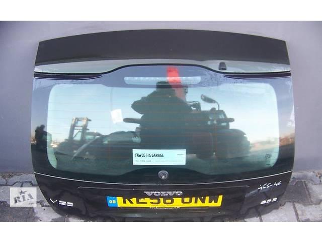 купить бу Б/у крышка багажника для легкового авто Volvo V50 в Львове