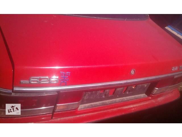 купить бу Б/у крышка багажника для седана Mazda 626 GD 1988-1991г в Киеве