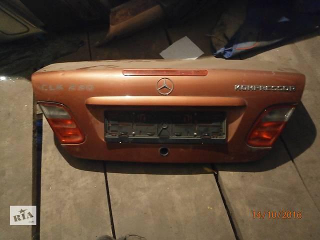 Б/у  кришка багажника для легкового авто седана Mercedes W230- объявление о продаже  в Львове