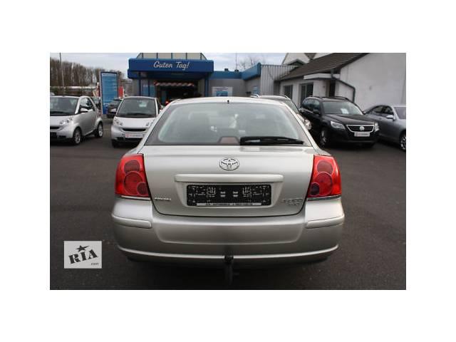 купить бу Б/у крышка багажника для седана Toyota Avensis в Киеве
