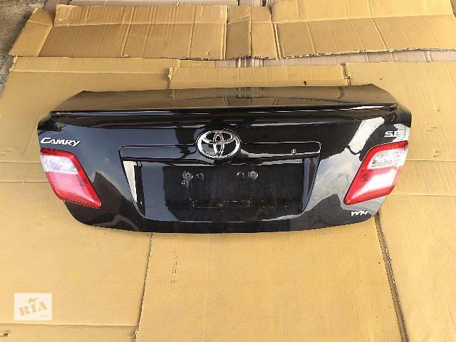продам Б/у крышка багажника для седана Toyota Camry 2009 бу в Ровно
