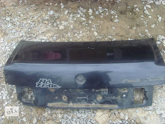 продам Б/у крышка багажника для седана Volkswagen Passat B3 бу в Борщеве