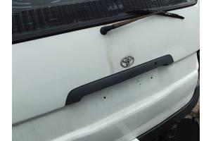 б/у Багажники Toyota Hiace груз.