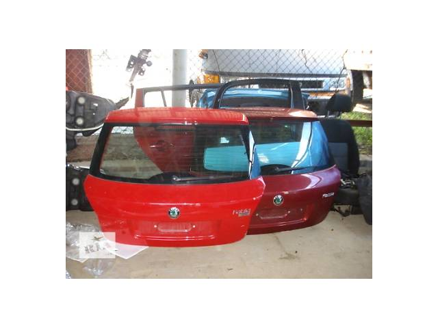 продам Б/у крышка багажника для универсала Skoda Fabia Combi бу в Львове