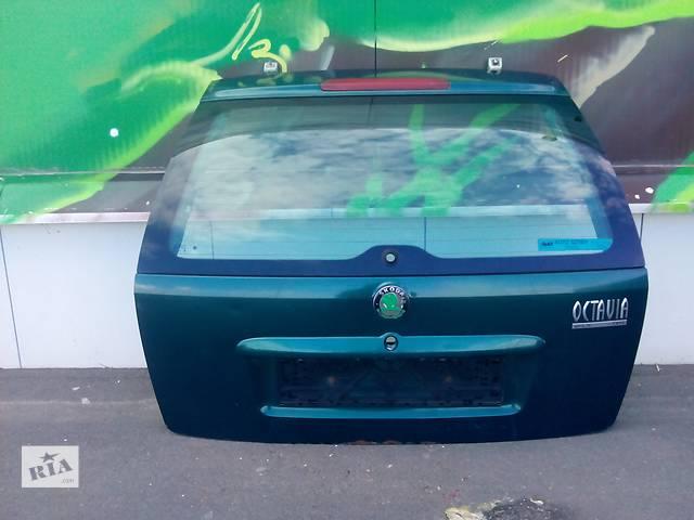 купить бу Б/у крышка багажника для универсала Skoda Octavia в Одессе