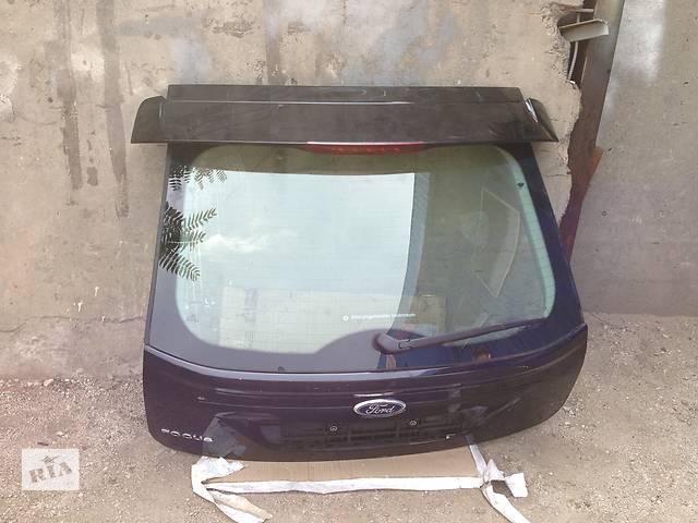 продам Б/у крышка багажника Ford Focus III бу в Киеве