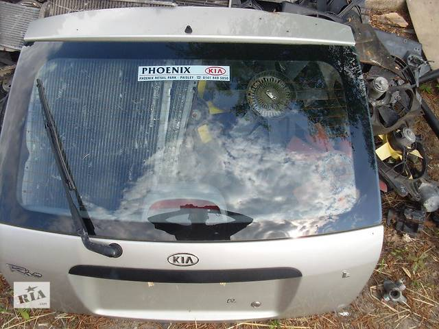 купить бу Б/у крышка багажника  Kia Rio в Киеве