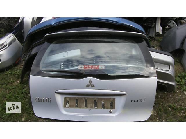 купить бу Б/у крышка багажника  Mitsubishi Grandis в Киеве