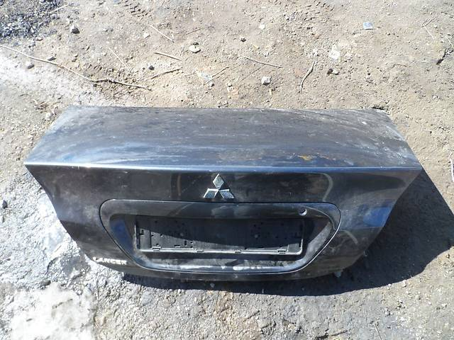 продам Б/у крышка багажника Mitsubishi Lancer 9 бу в Киеве