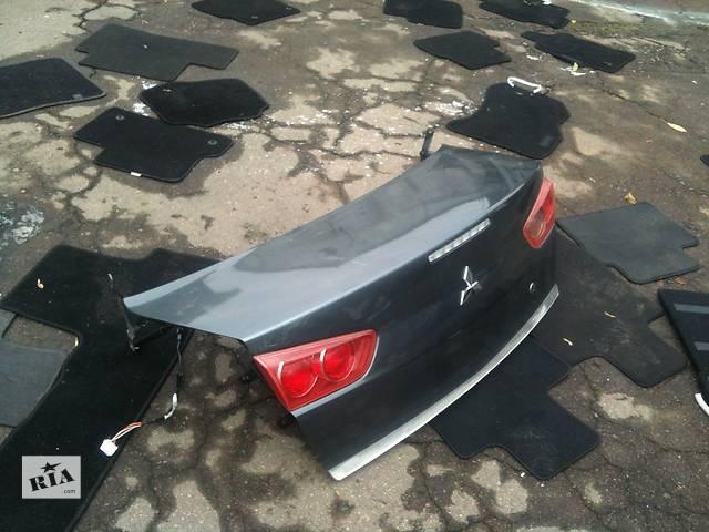 продам Б/у Крышка багажника Mitsubishi Lancer X бу в Киеве