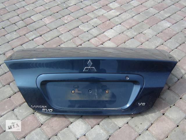 бу Б/у крышка багажника Mitsubishi Lancer в Киеве