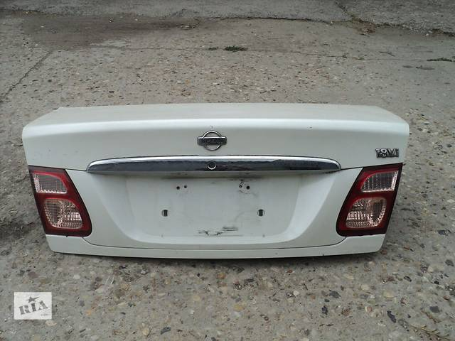 купить бу Б/у крышка багажника Nissan Almera N16 в Киеве