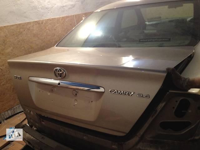 бу Б/у Крышка багажника Toyota Camry 30 в Киеве