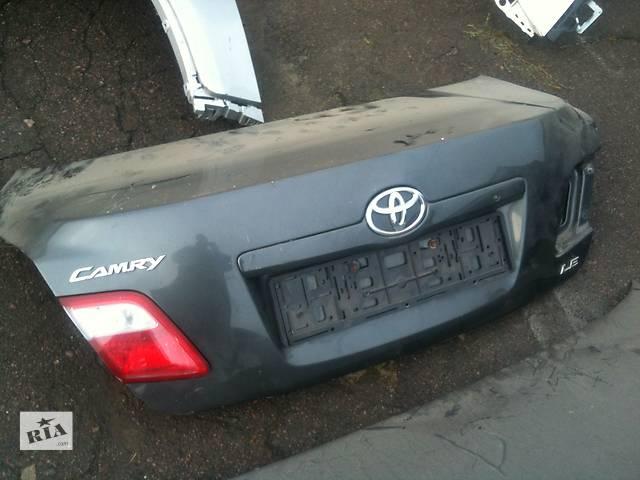 Б/у крышка багажника Toyota Camry- объявление о продаже  в Киеве