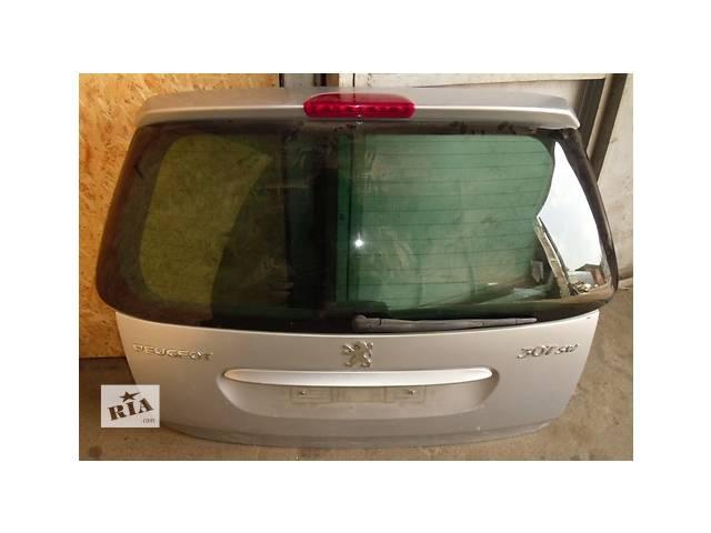 продам Б/у  Крышка багажника в сборе со стеклом универсал SWPeugeot307 01- 08гг. бу в Киеве