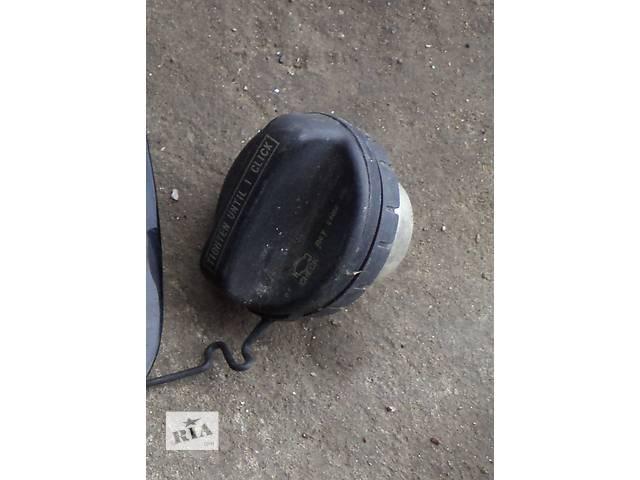 Б/у крышка бензобака для седана Toyota Avalon 2006, 2007, 2008г- объявление о продаже  в Киеве