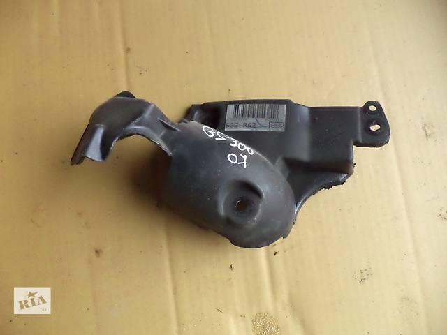 продам Б/у крышка двигателя защитная №2 12602-31012 для седана Lexus GS 300 2005-2011г бу в Киеве
