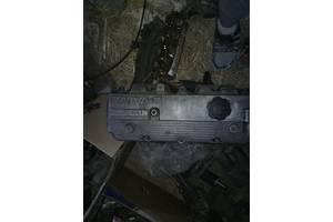 б/у Крышки клапанные Mazda 626