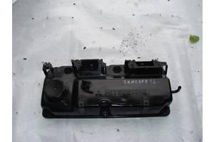 б/у Крышки клапанные Mitsubishi Lancer