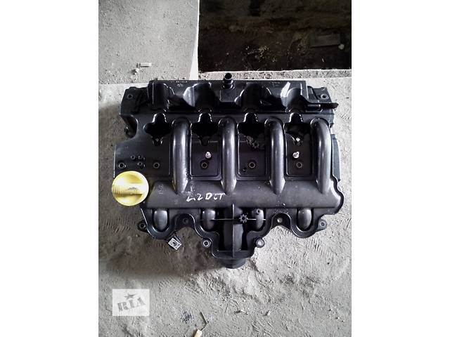 купить бу Б/у крышка клапанная для легкового авто Renault Trafic(Master) 2.5-2.2dci в Ковеле