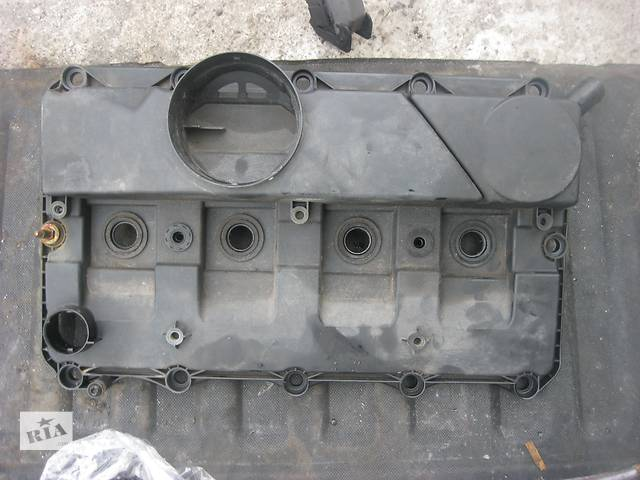 купить бу Б/у крышка клапанная Peugeot Boxer 2.2 hdi 2006- в Ровно