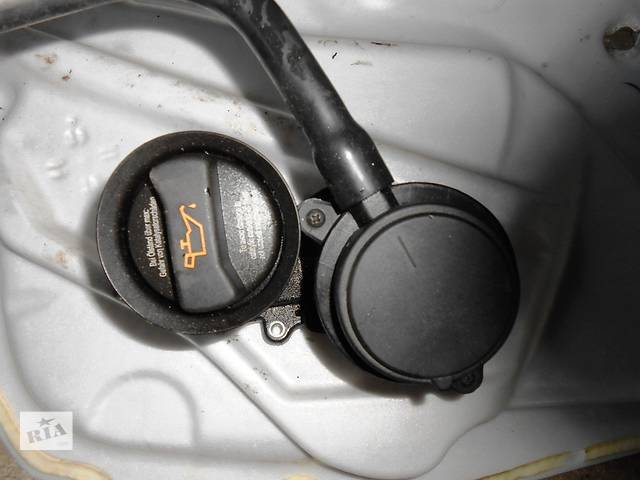 бу Б/у Крышка заливной горловины Volkswagen Crafter Фольксваген Крафтер 2.5 TDI 2006-2010 в Рожище