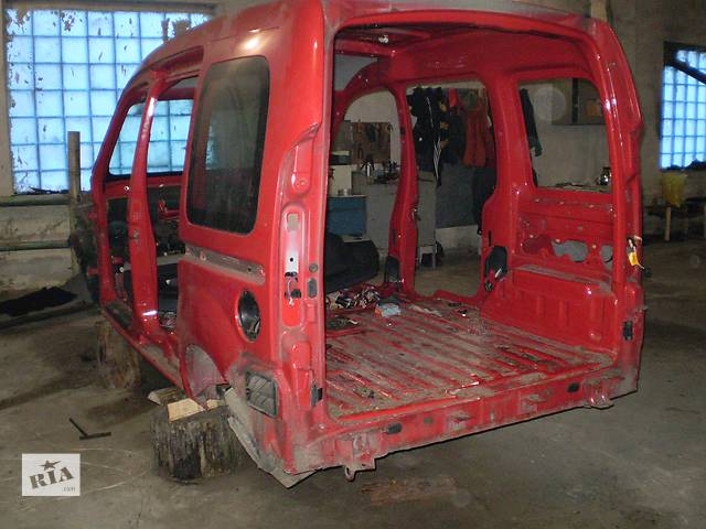 купить бу Б/у кузов  криша бочина для легкового авто Renault Kangoo в Ровно