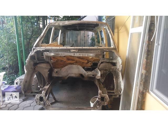 купить бу Б/у лонжерон для легкового авто Volkswagen T5 (Transporter) в Одессе